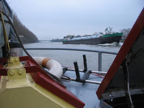 De bien gros bateaux à croiser!